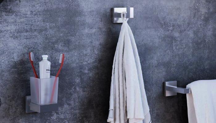 Incolla accessori bagno senza forare