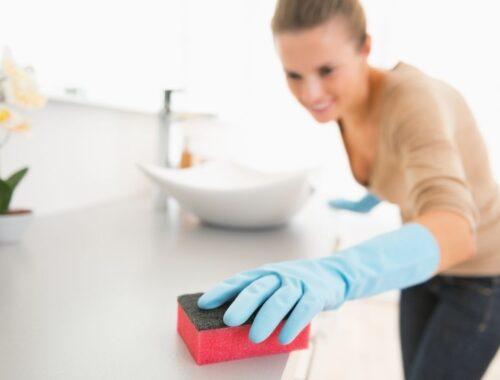 Come pulire i sanitari e il lavabo?
